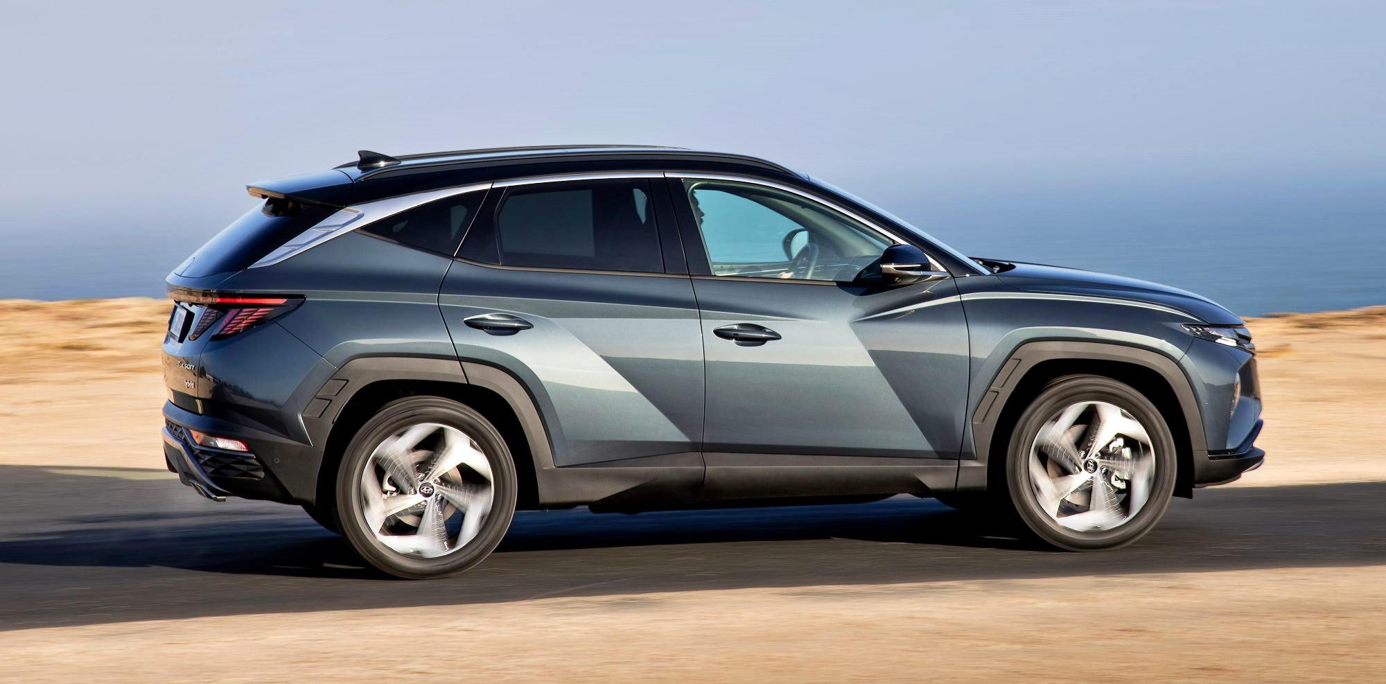 Hyundai Tucson bok