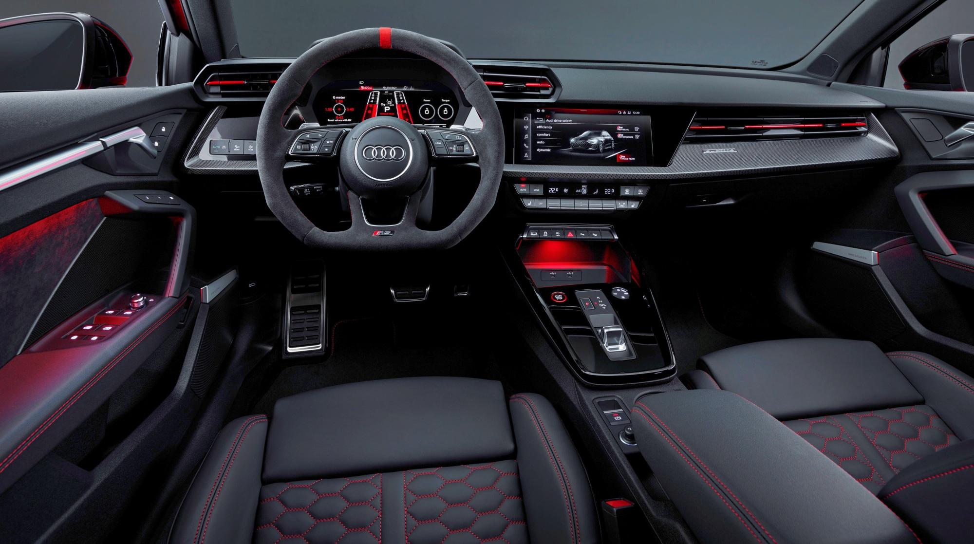 Audi RS 3 deska