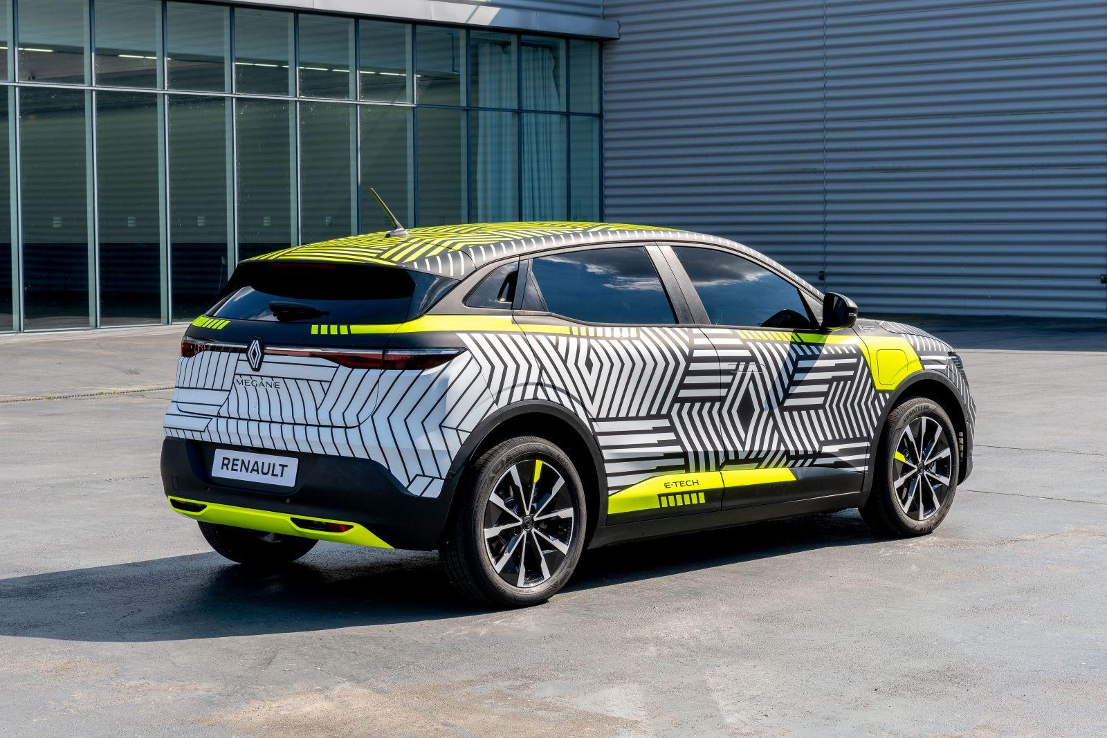 Renault MeganE - tył