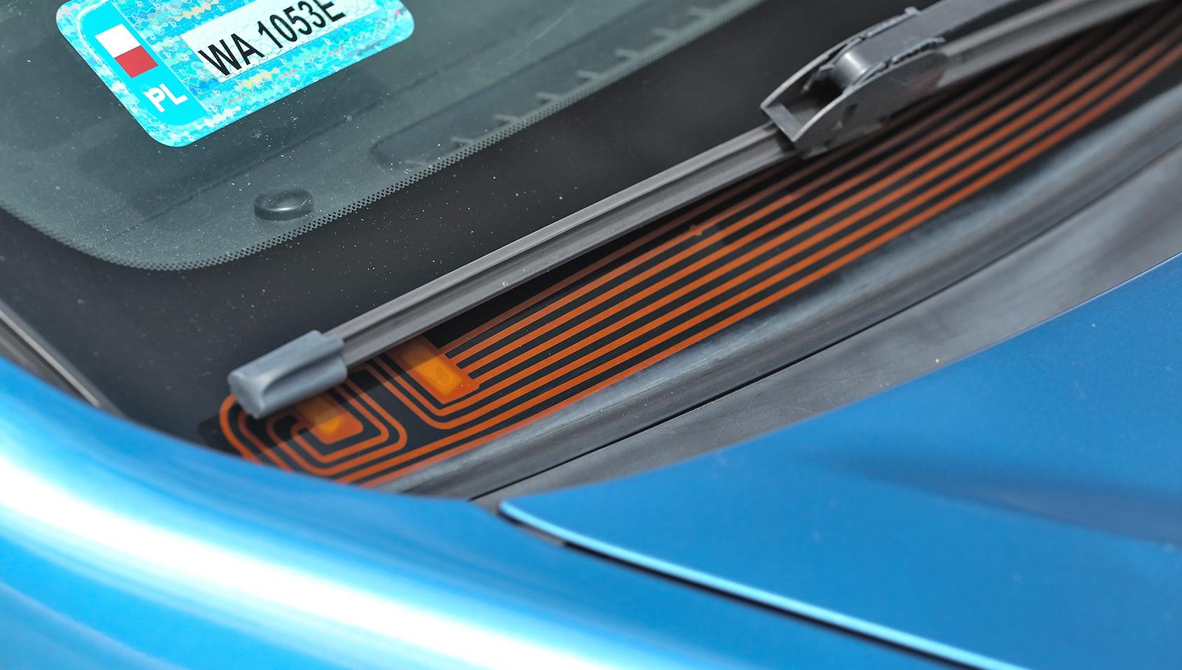 Subaru Legacy 2.0D podgrzewanie wycieraczek