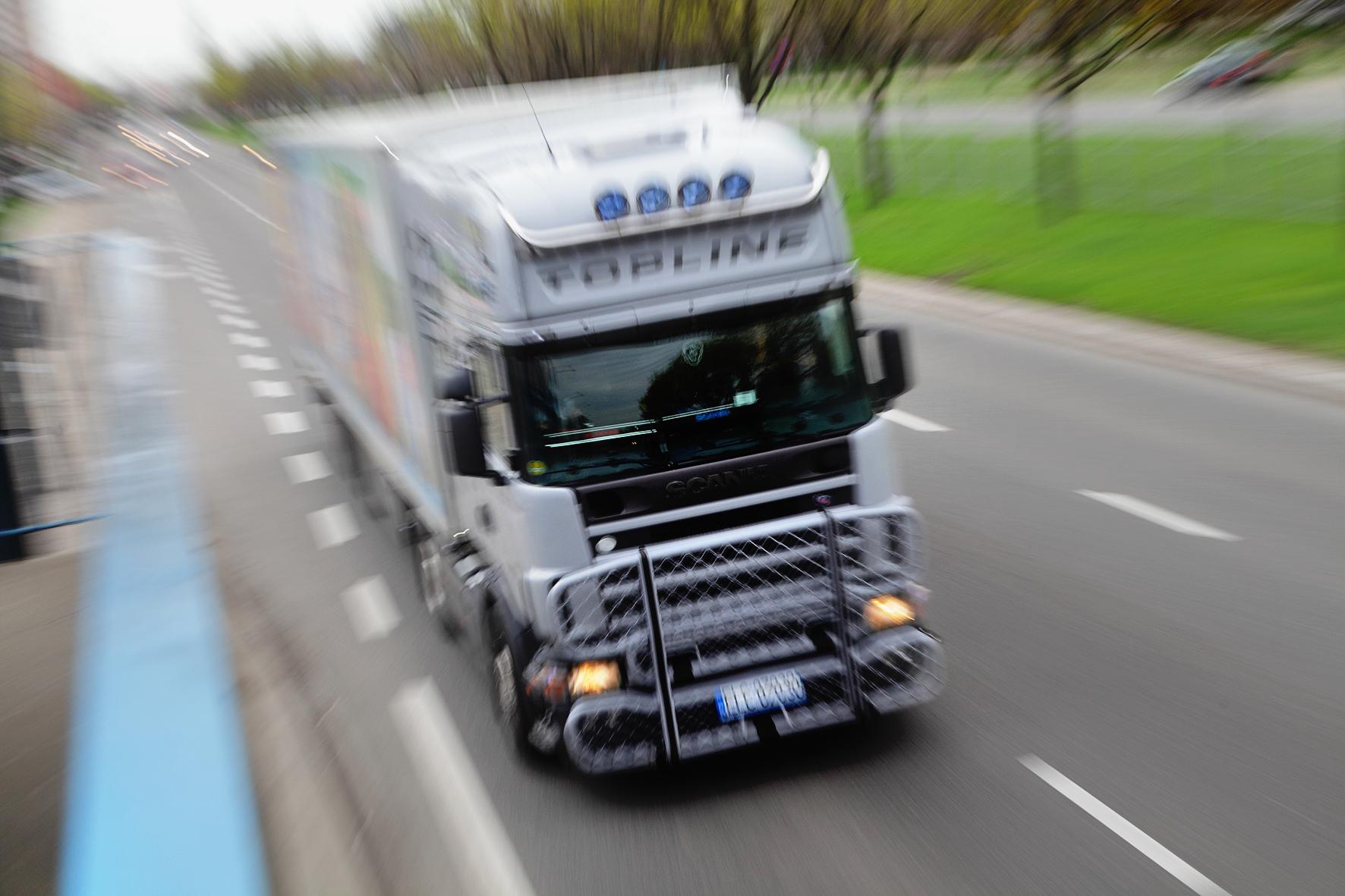 Ciężarówka wruchu