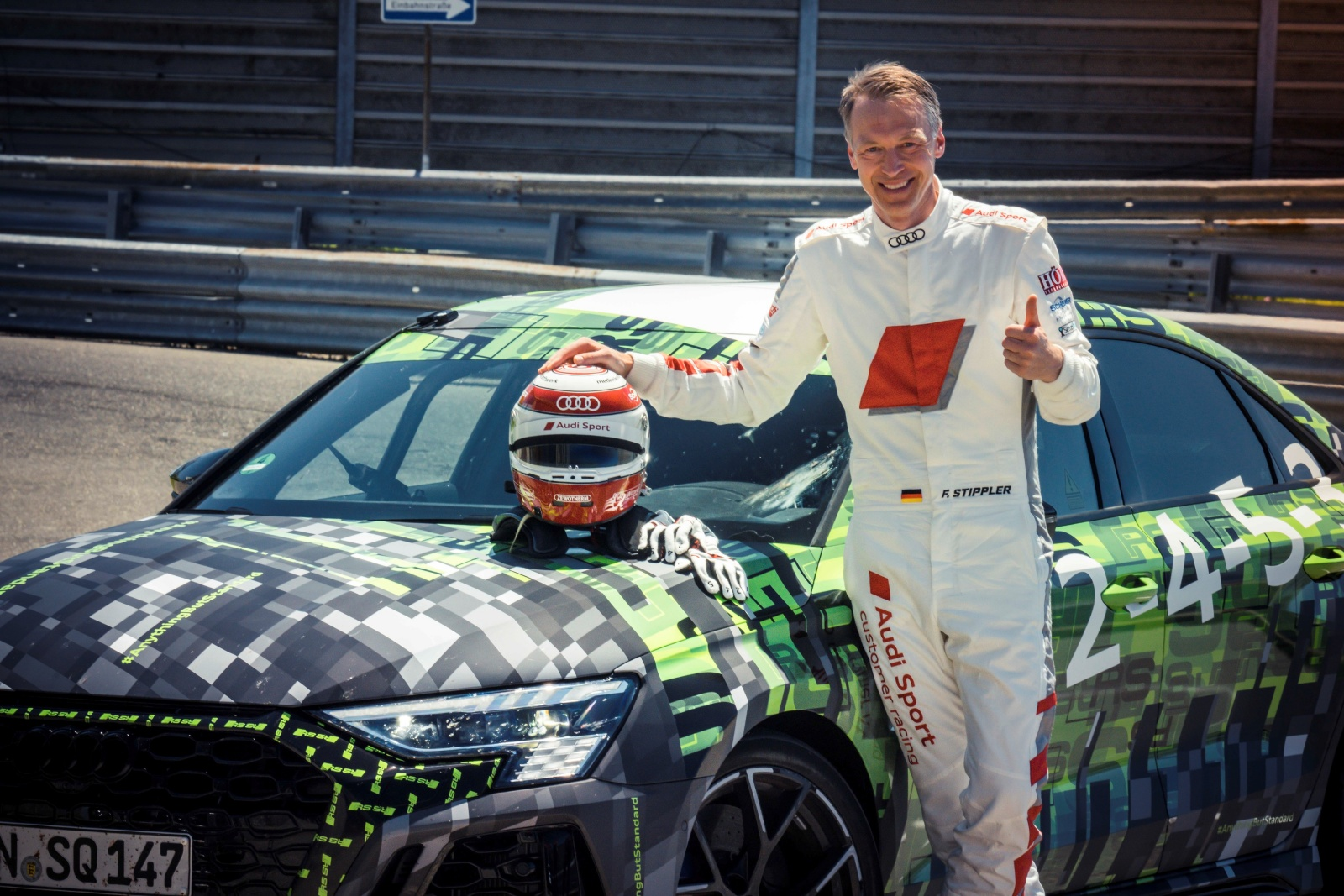 Audi RS 3 Limousine bije rekord naNurburgringu, Frank Stippler