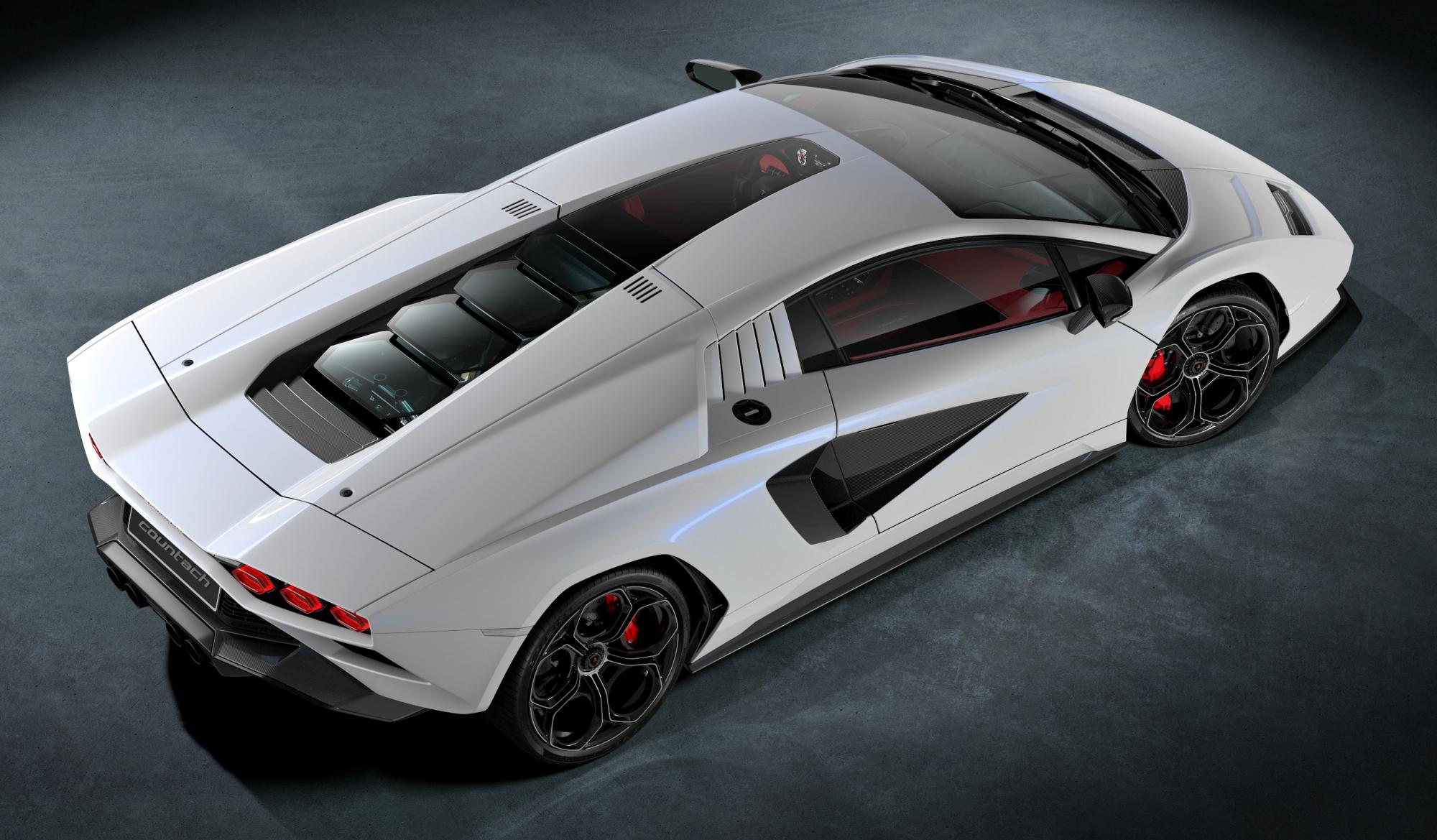 Lamborghini Countach LPI 800-4 góra