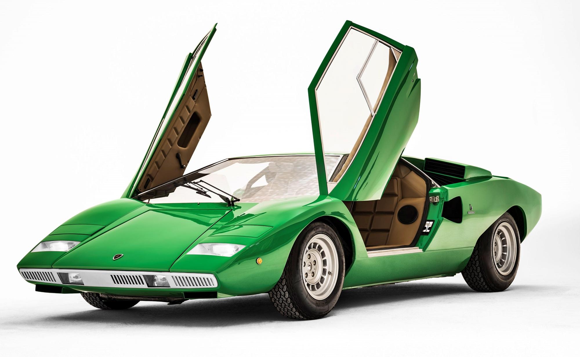 Lamborghini Countach przód