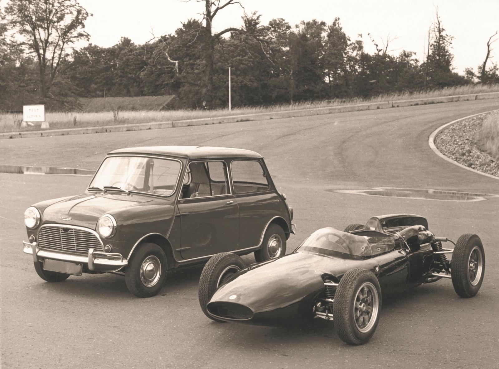 Mini Cooper 1961 r. - przód