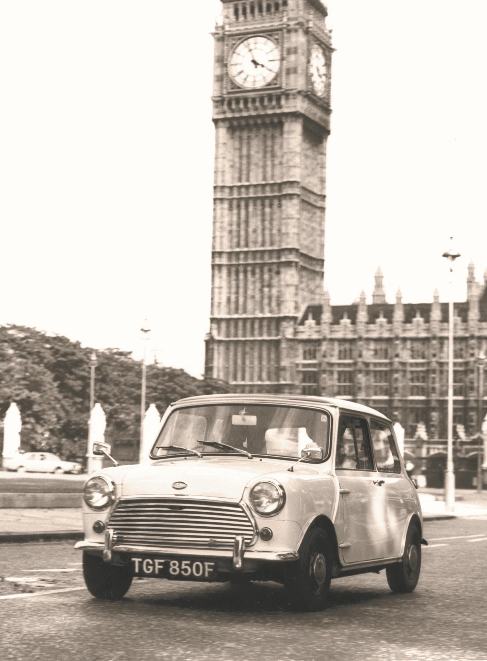 Mini Cooper S 1968 r. - przód
