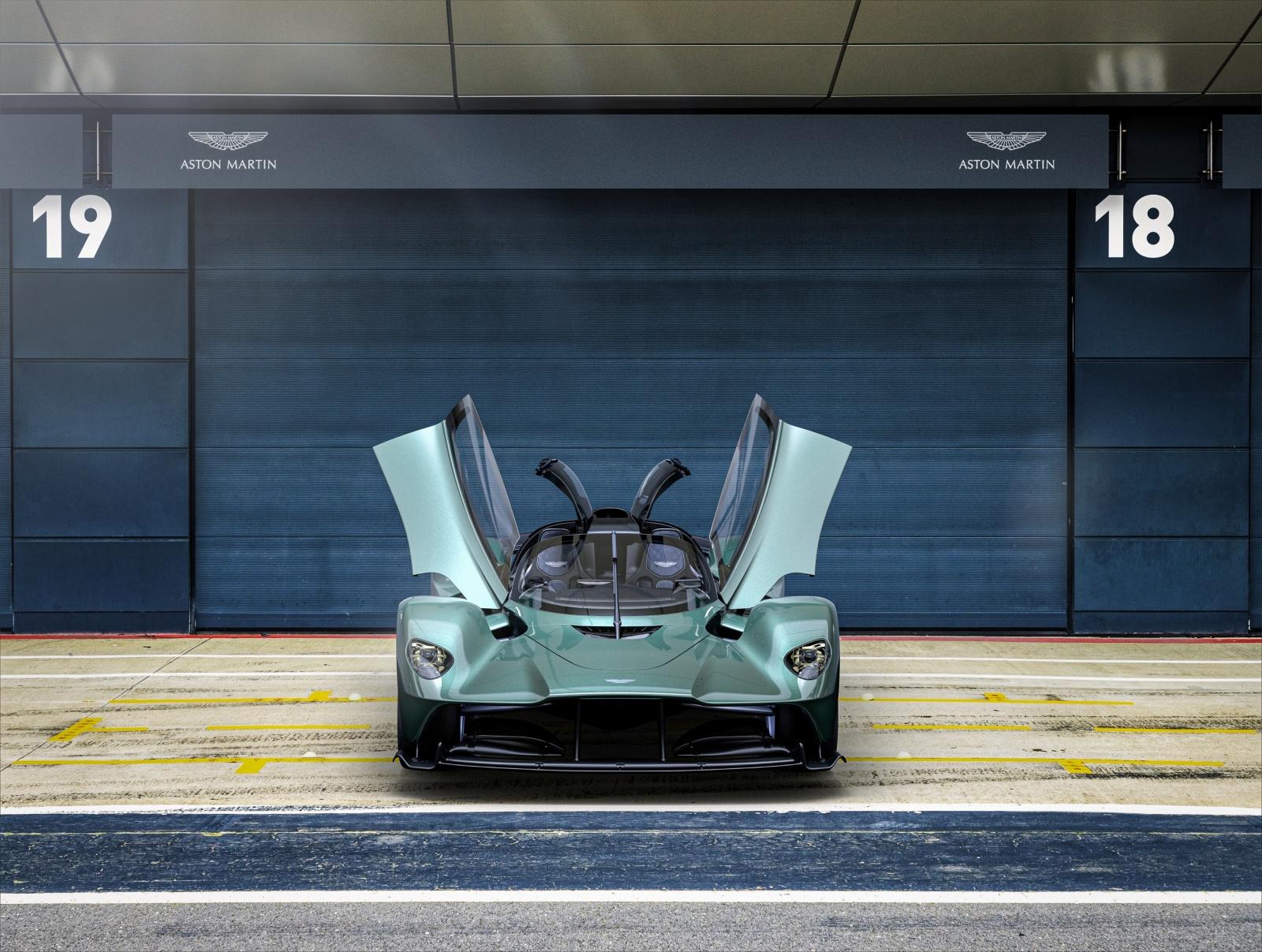 Aston Martin Valkyrie Spider - przód, drzwi