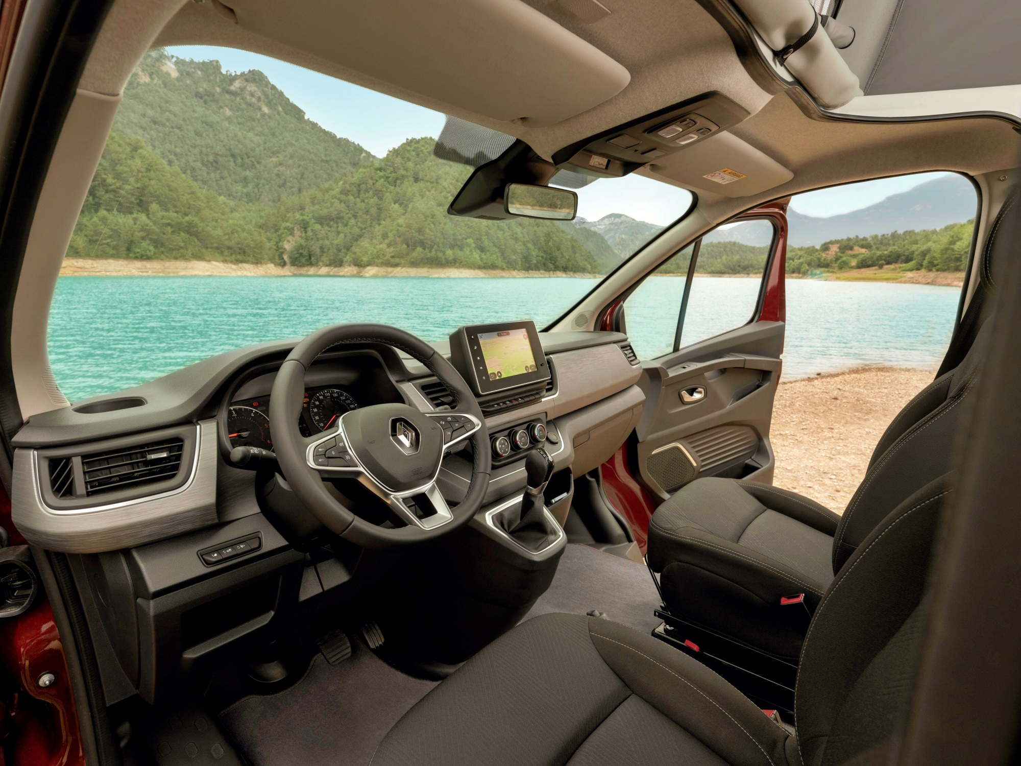 Renault Trafic SpaceNomad deska