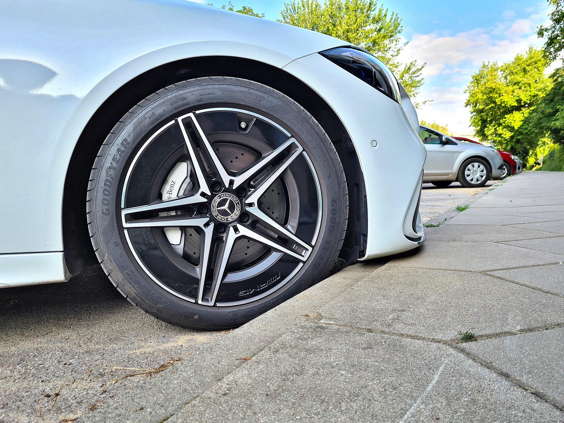 2021 Mercedes C220d - koło
