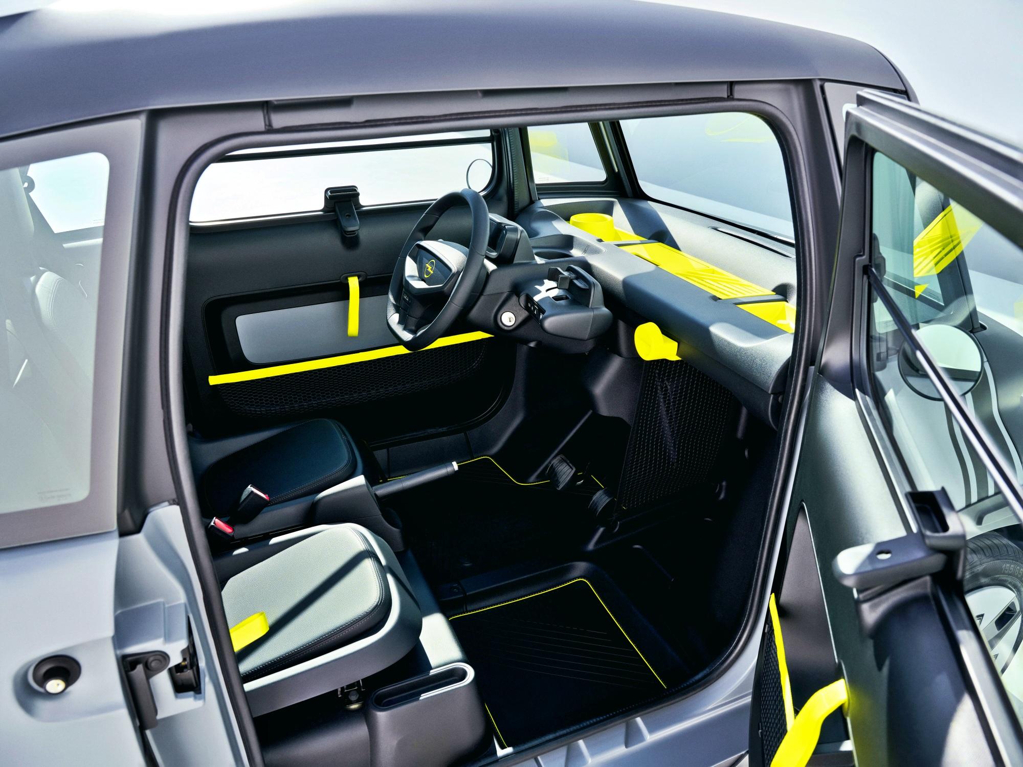 Opel Rocks-e kabina