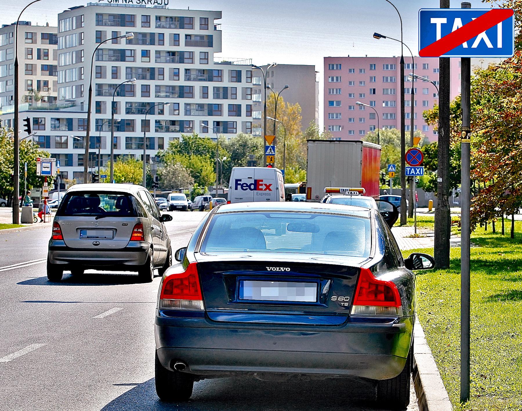 Parkowanie przy postoju TAXI
