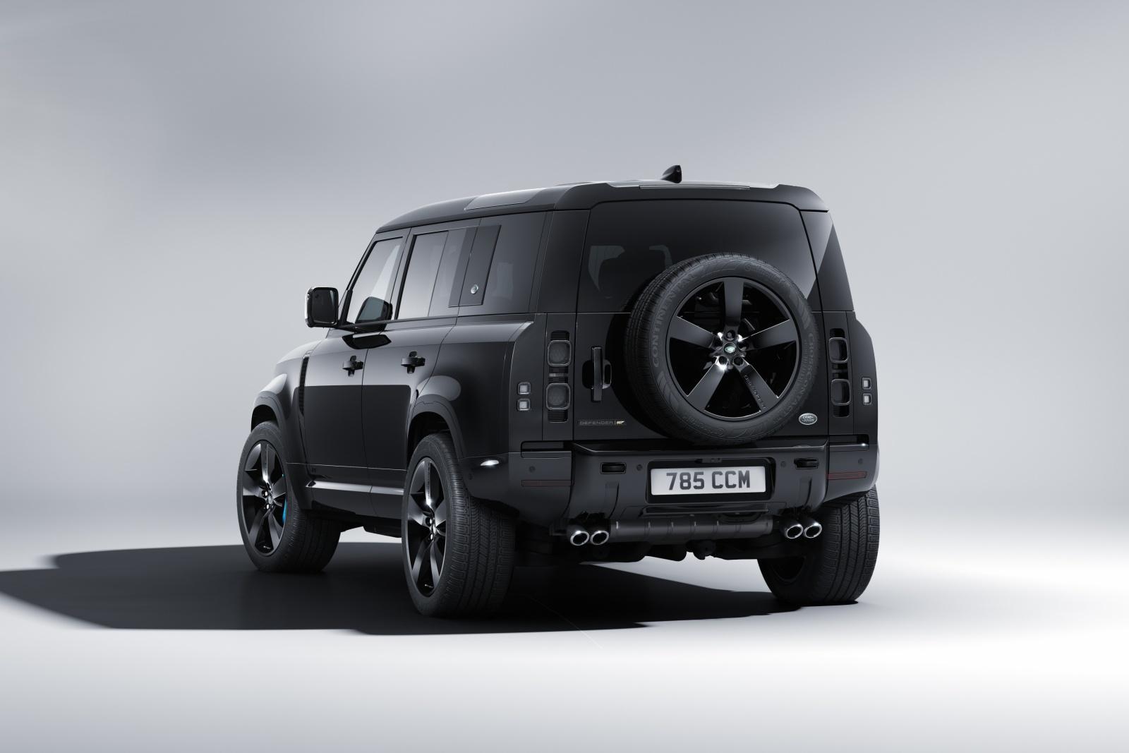 Land Rover Defender V8 Bond Edition - tył
