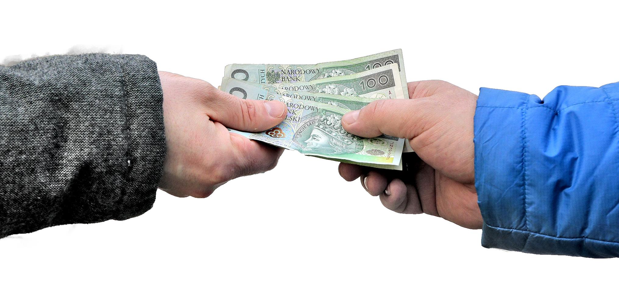 przekazywanie pliku banknotów