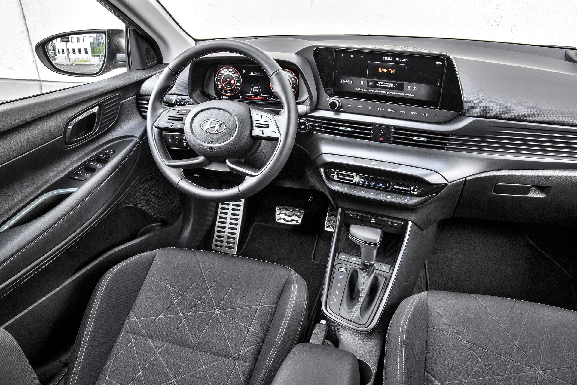 2021 Hyundai Bayon - deska rozdzielcza