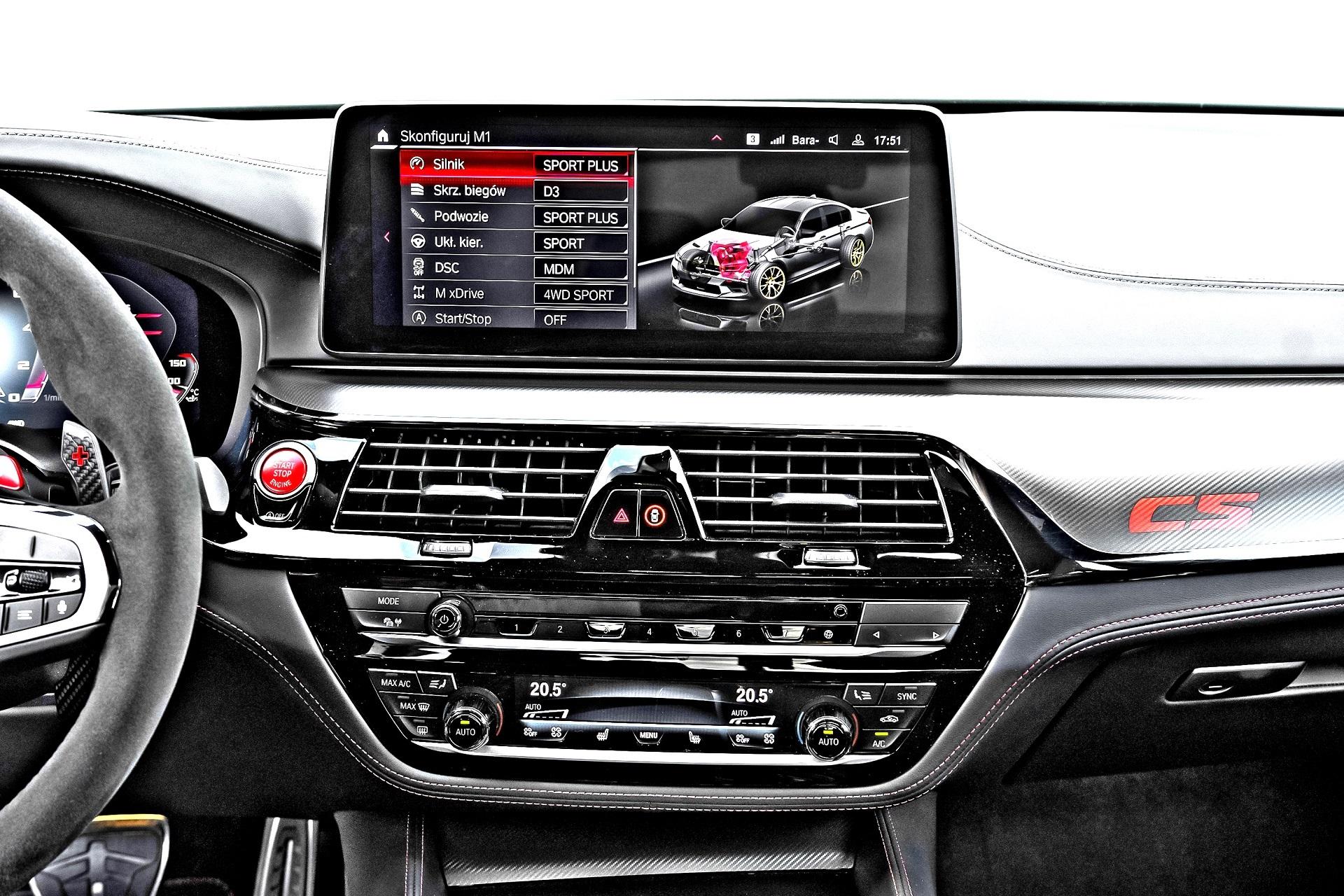 BMW M5 CS - ekran