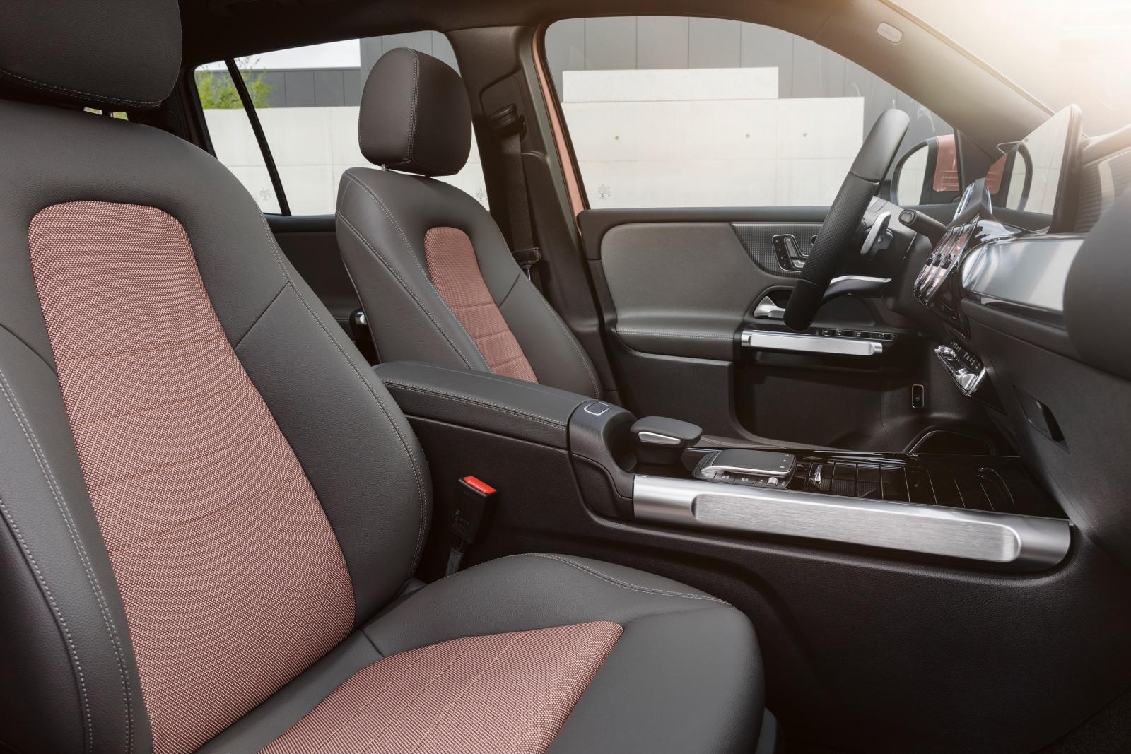 Mercedes EQB - wnętrze, fotele