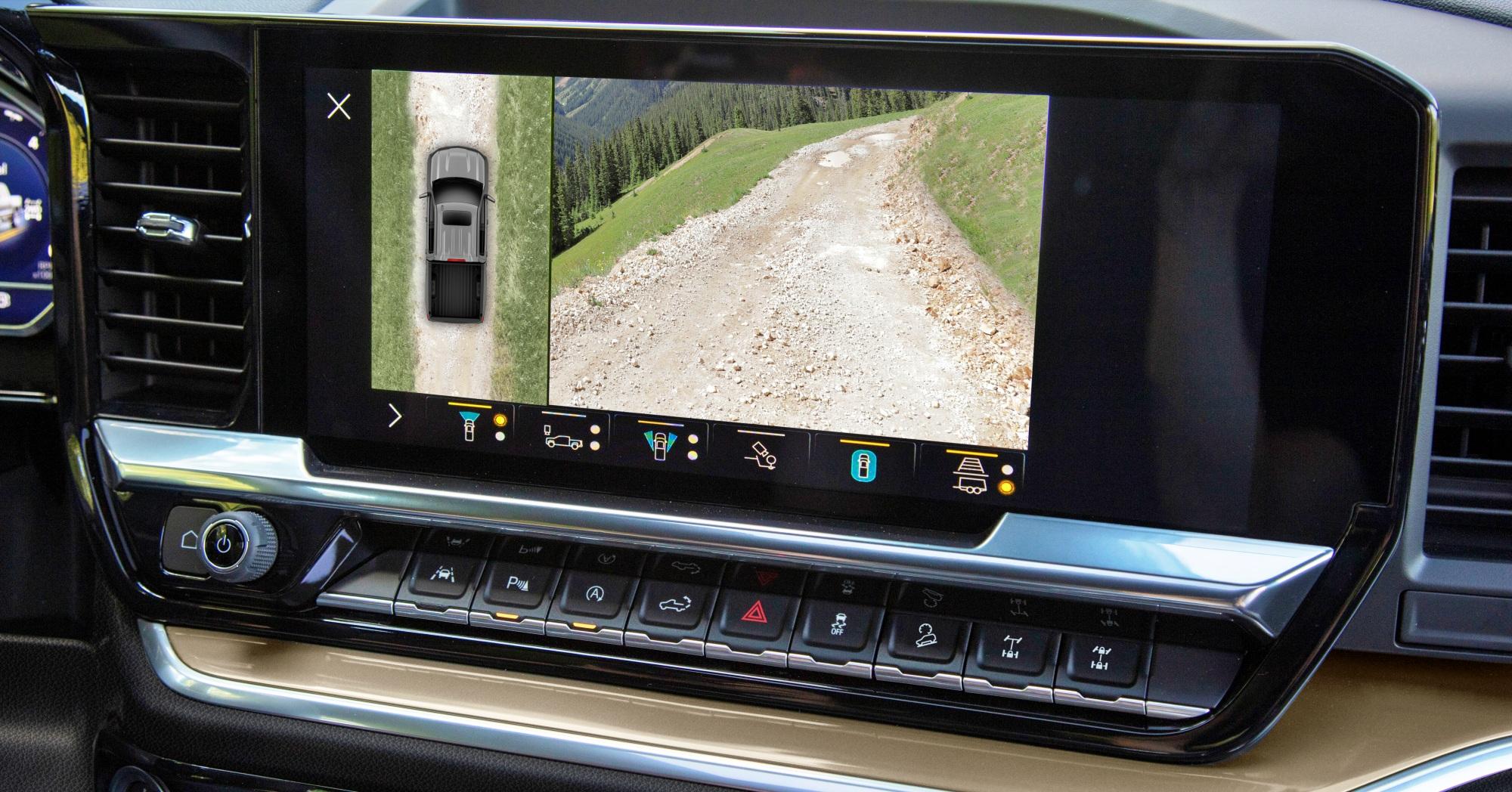Chevrolet Silverado ZR2 ekran