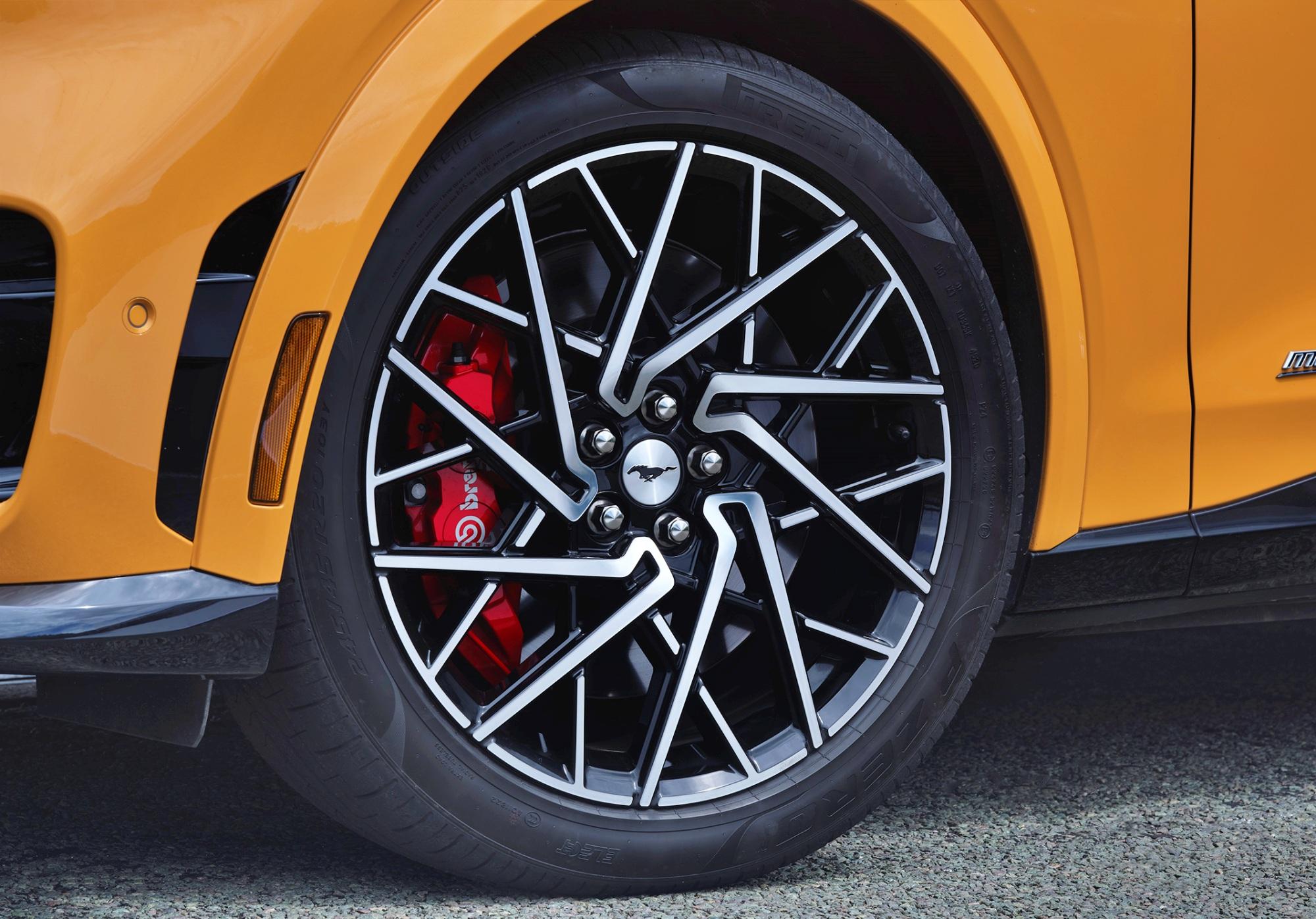 Ford Mustang Mach-E GT koło