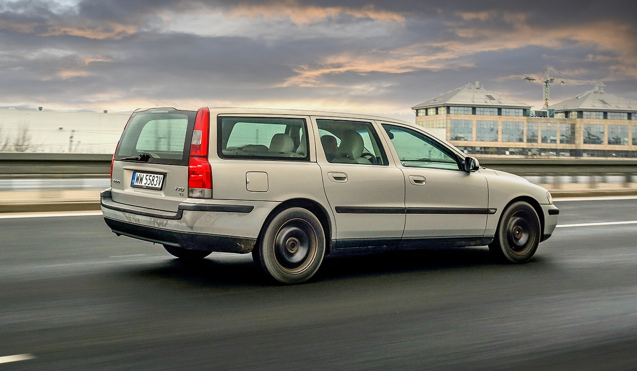 Volvo V70 II T5 wruchu bok itył