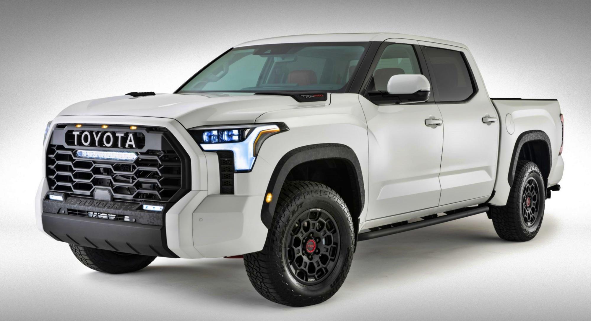 Toyota Tundra przód