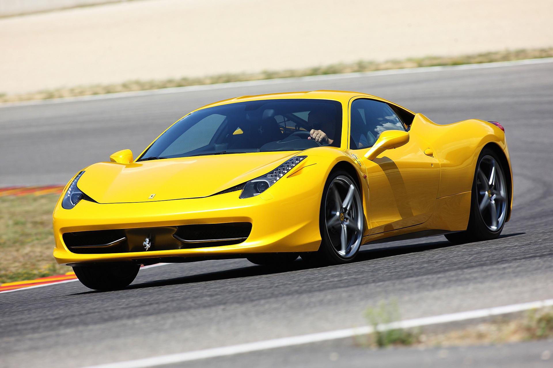 Ferrari 458 - przód