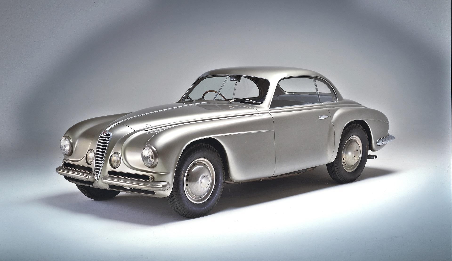 Alfa Romeo 6C 2500 Coupe - przód