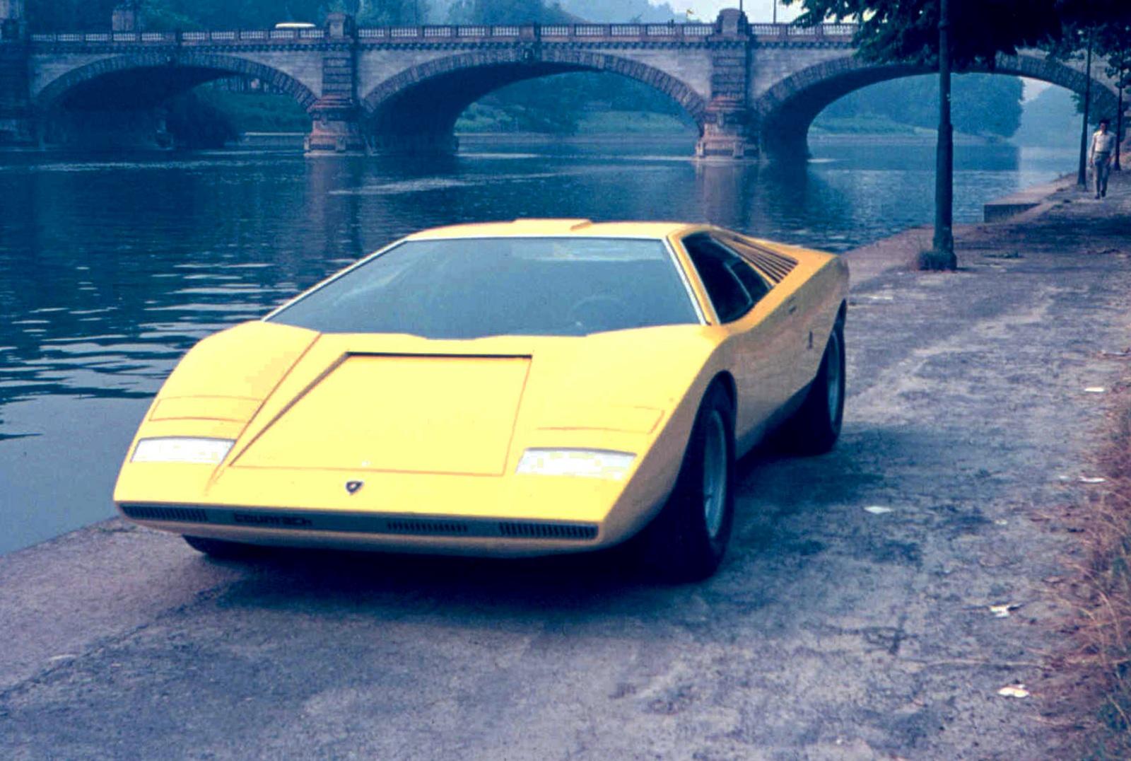 Lamborghini Countach LP 500 - przód