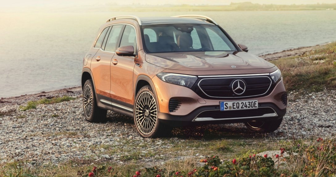 Mercedes EQB - przód