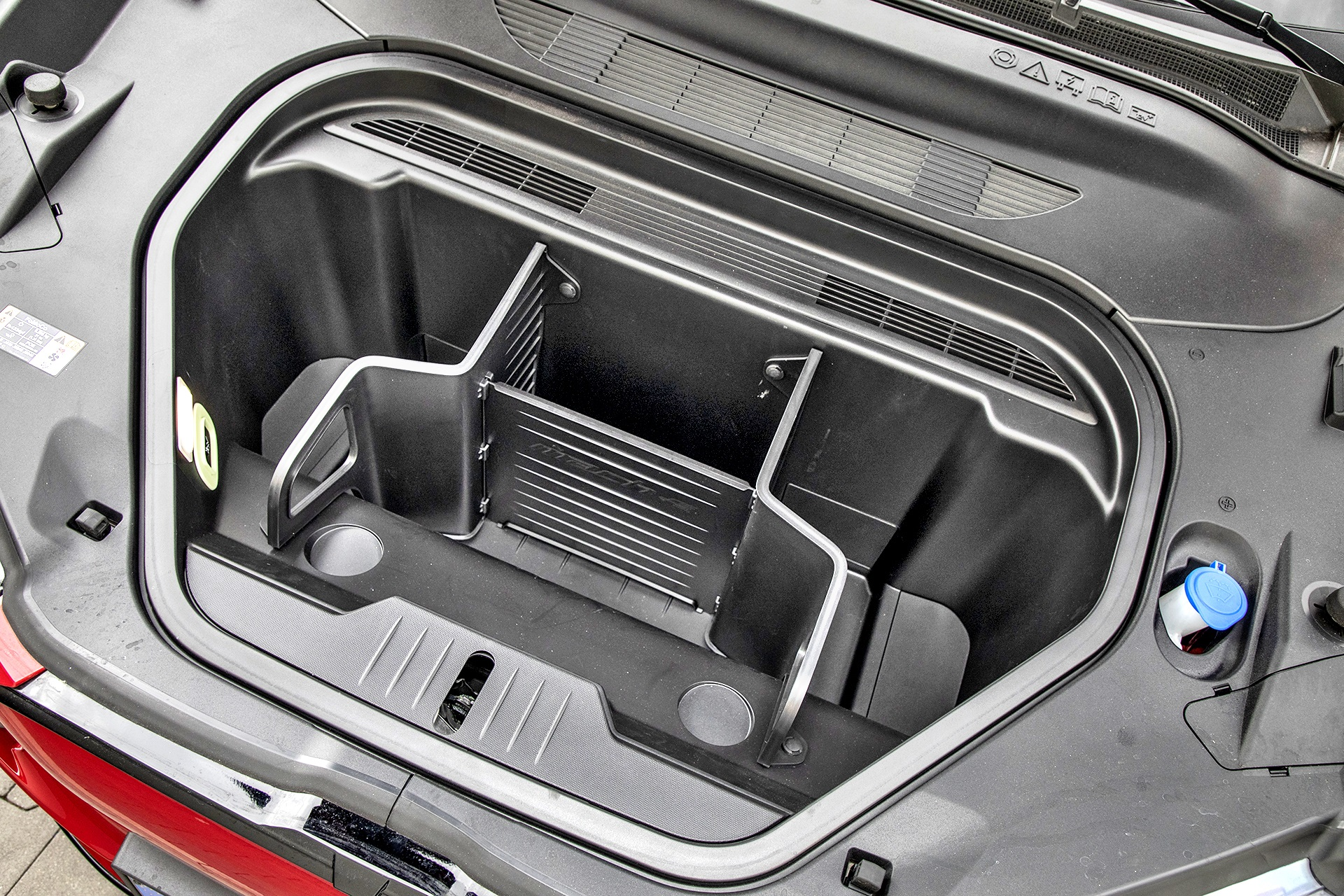 Ford Mustang Mach-E - bagażnik przód