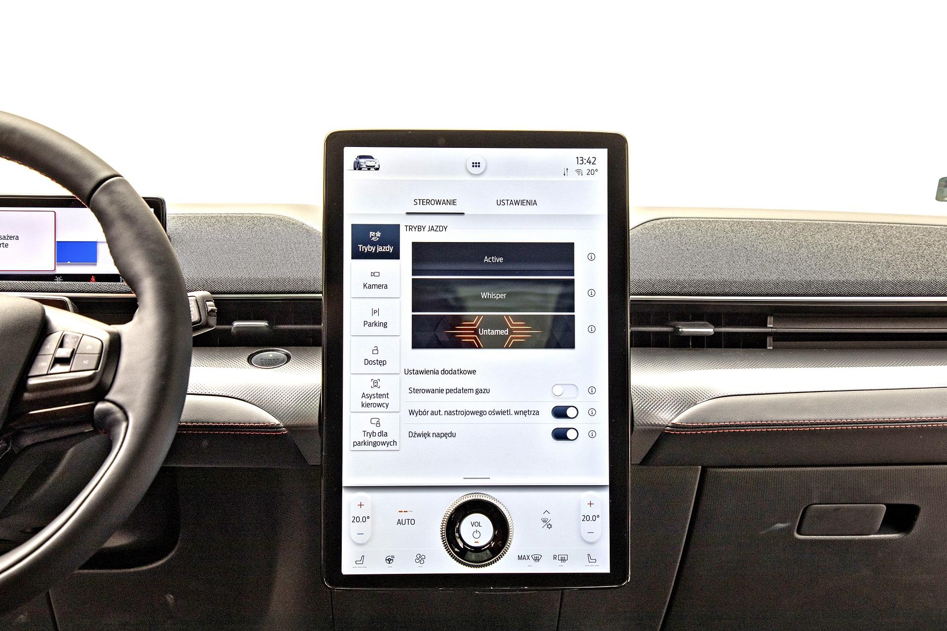 Ford Mustang Mach-E - ekran