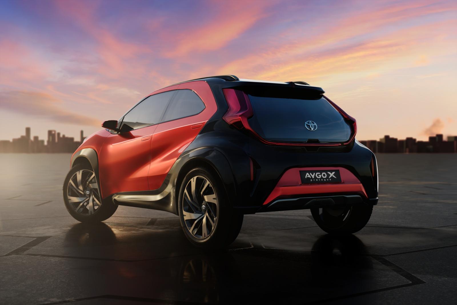 Toyota Aygo X prologue - tył