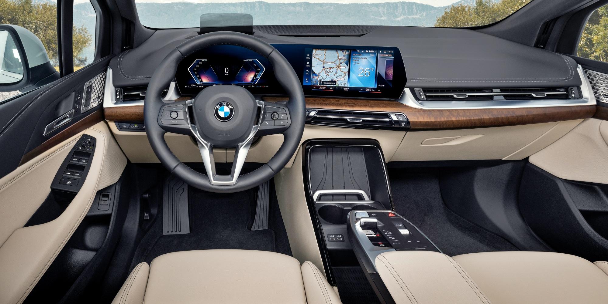 BMW serii 2 Active Tourer deska