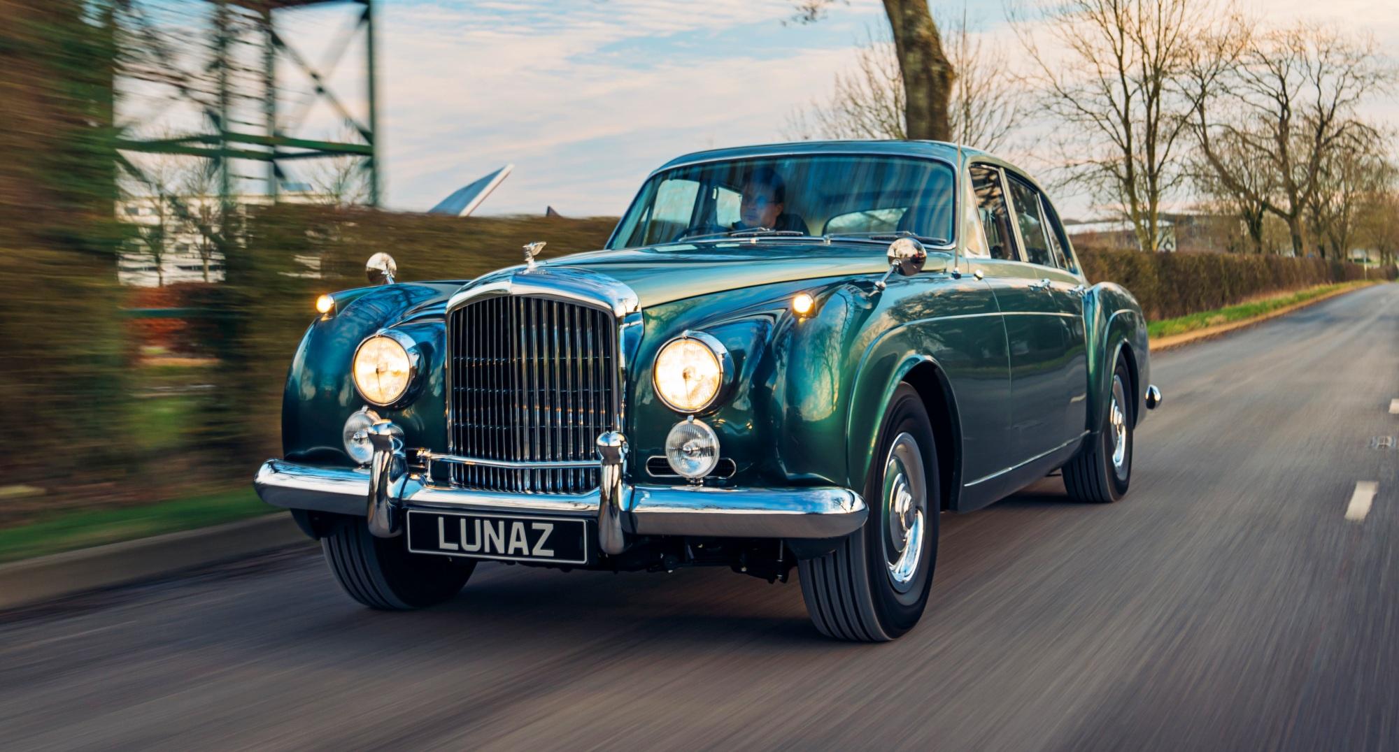 Bentley_Flying_Spur_EV_Lunaz