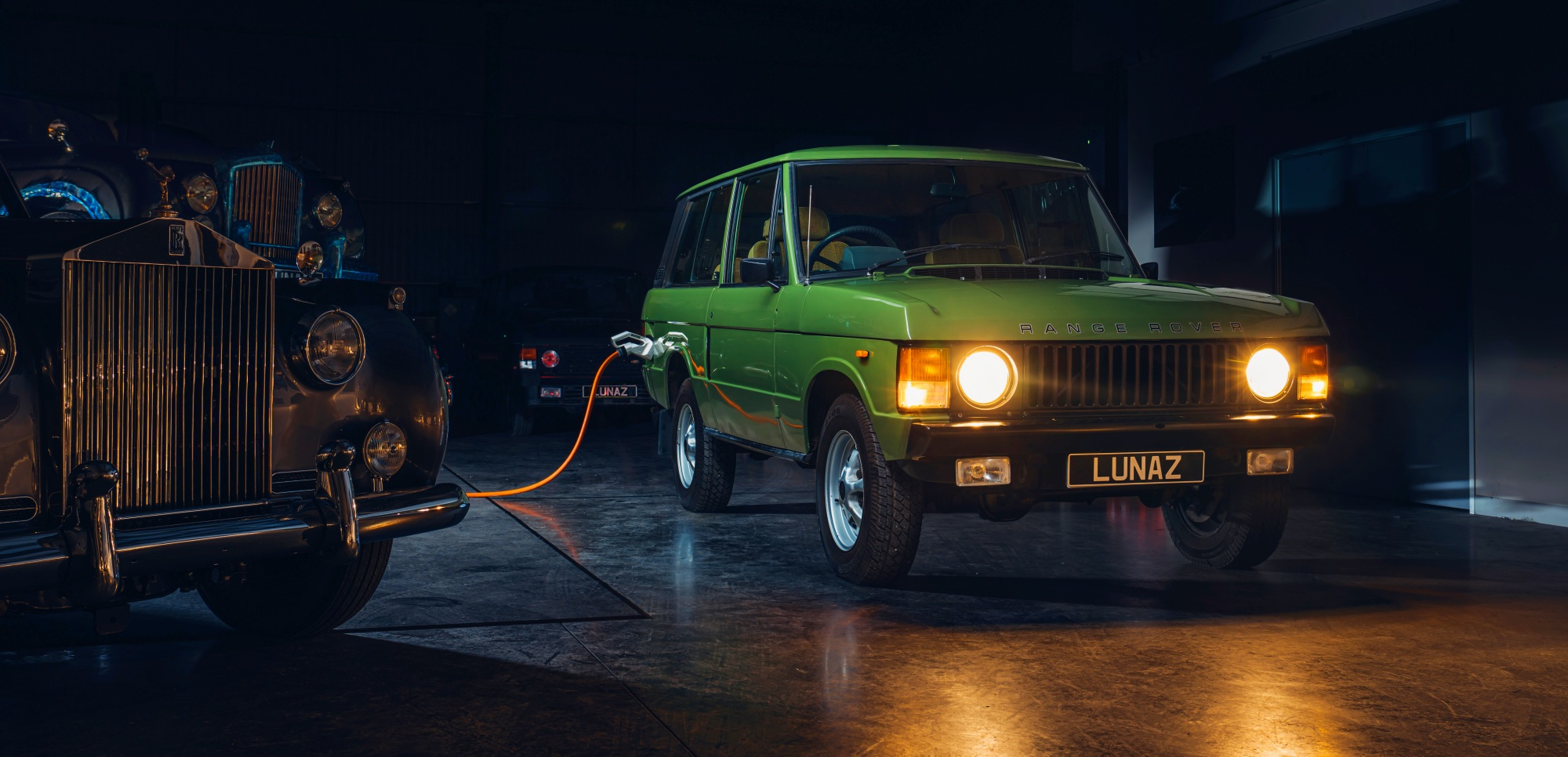 Range_Rover_Classic_by_Lunaz