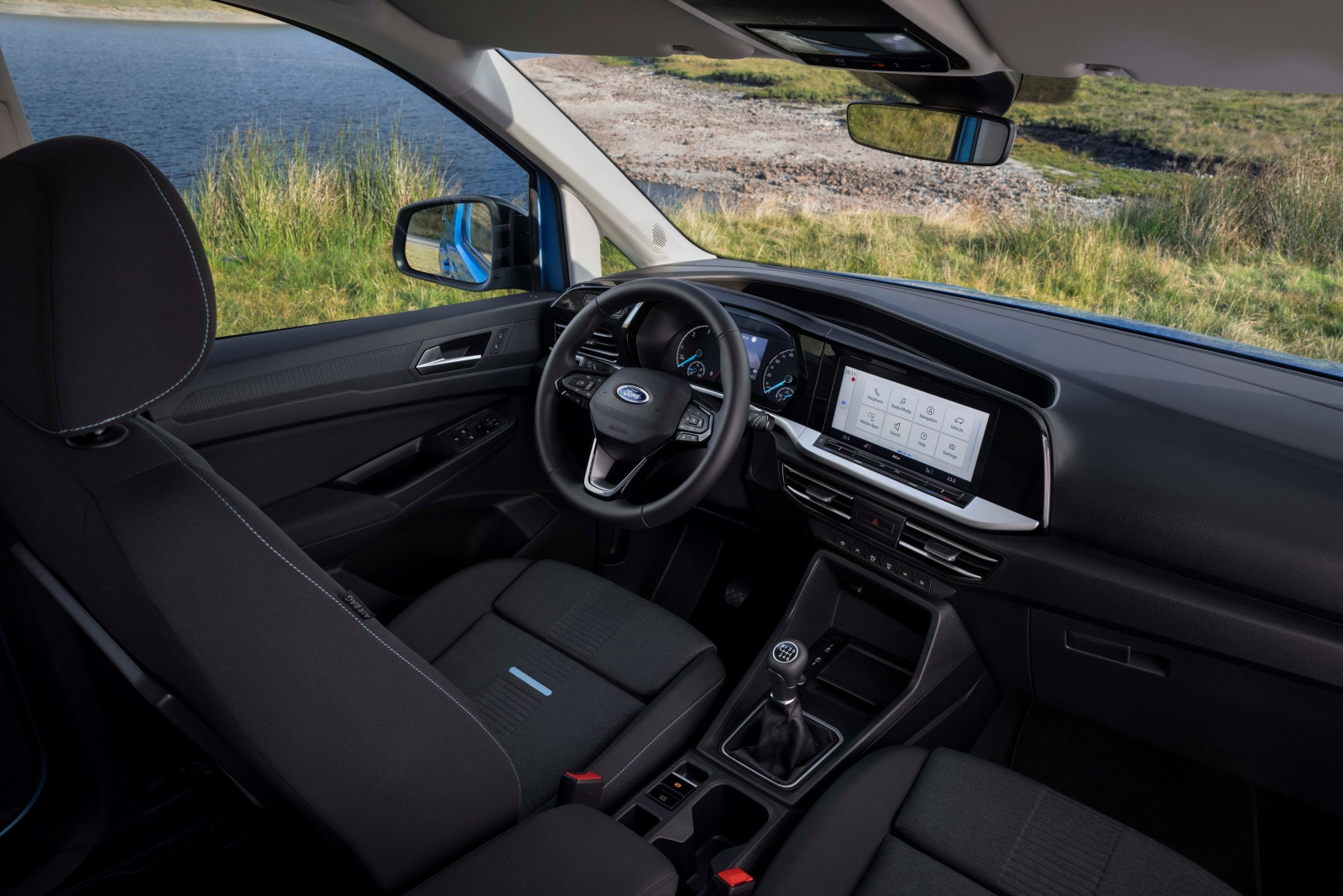 Ford Tourneo Connect - wnętrze